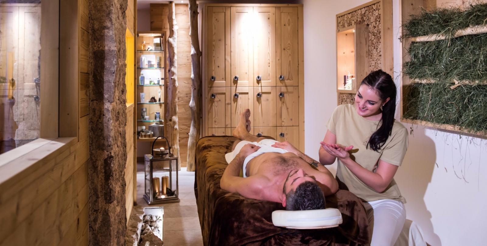 Ayurveda: Foto vom Wellnesshotel ABINEA Dolomiti Romantic SPA Hotel | Wellness Südtirol