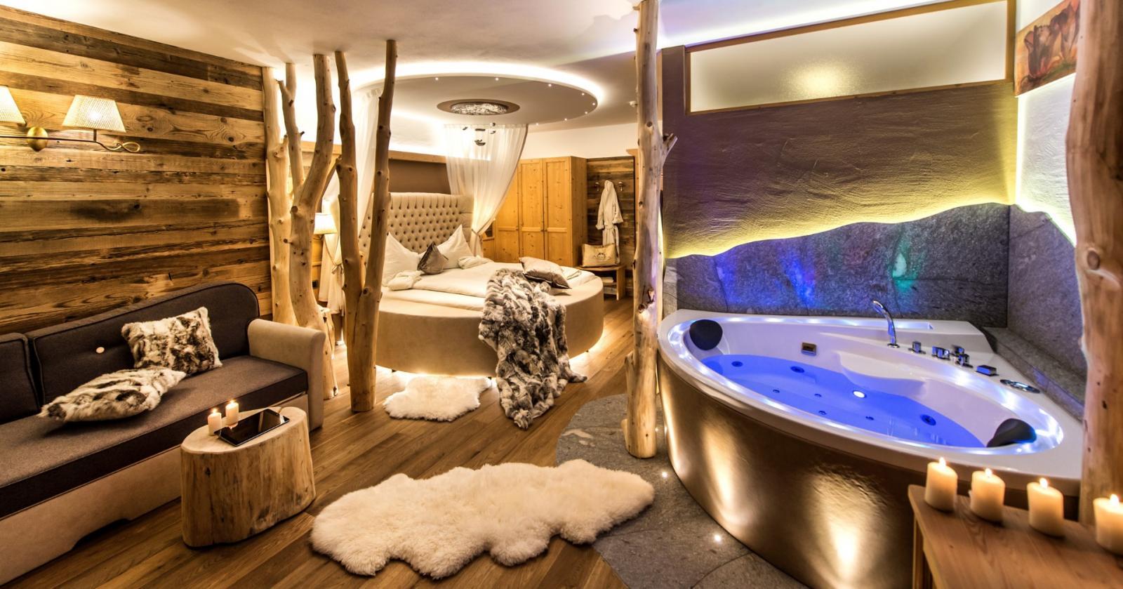 Aura-Healing: Foto vom Wellnesshotel ABINEA Dolomiti Romantic SPA Hotel | Wellness Südtirol