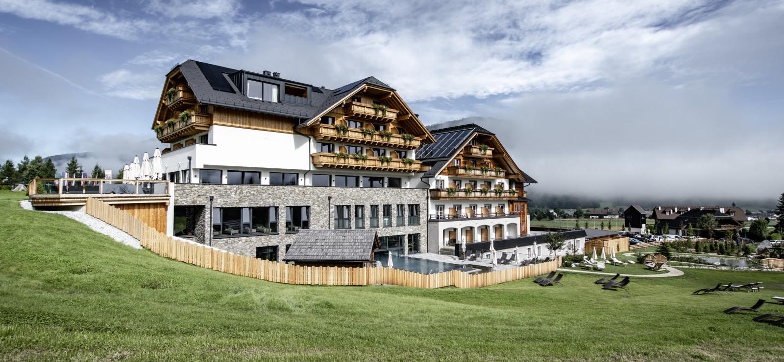 ALMGUT Mountain Wellness Hotel Bilder | Bild 1