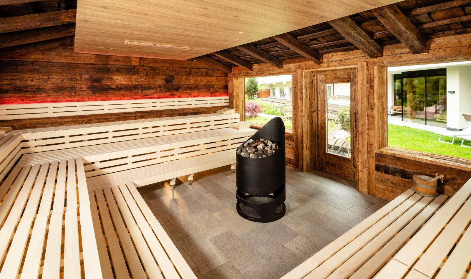 Glaubersalz: Foto vom Wellnesshotel Alpine Luxury Spa Resort Schwarzenstein | Wellness Südtirol