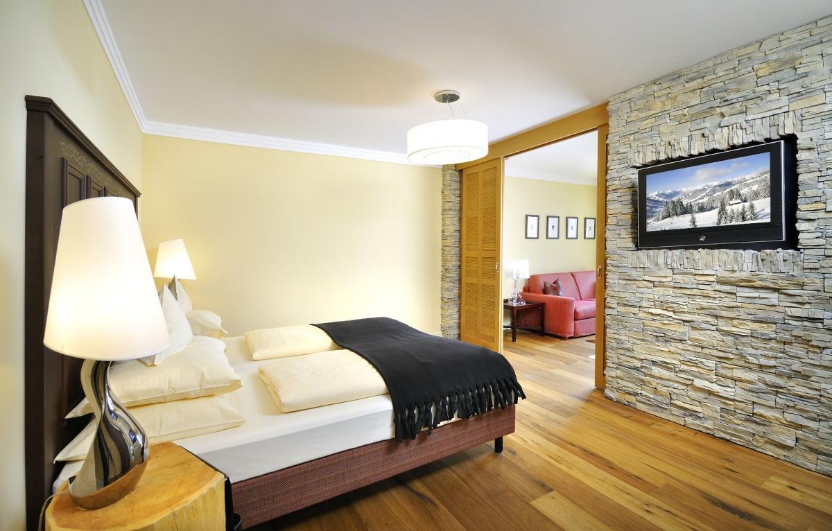 Saalbach Hinterglemm Hotel Alpine Resort Skiverleih