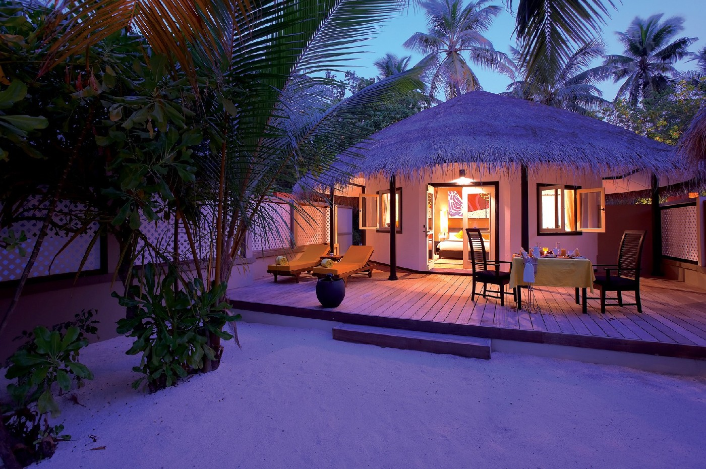 Angsana Resort & Spa Maldives Velavaru Bilder | Bild 1