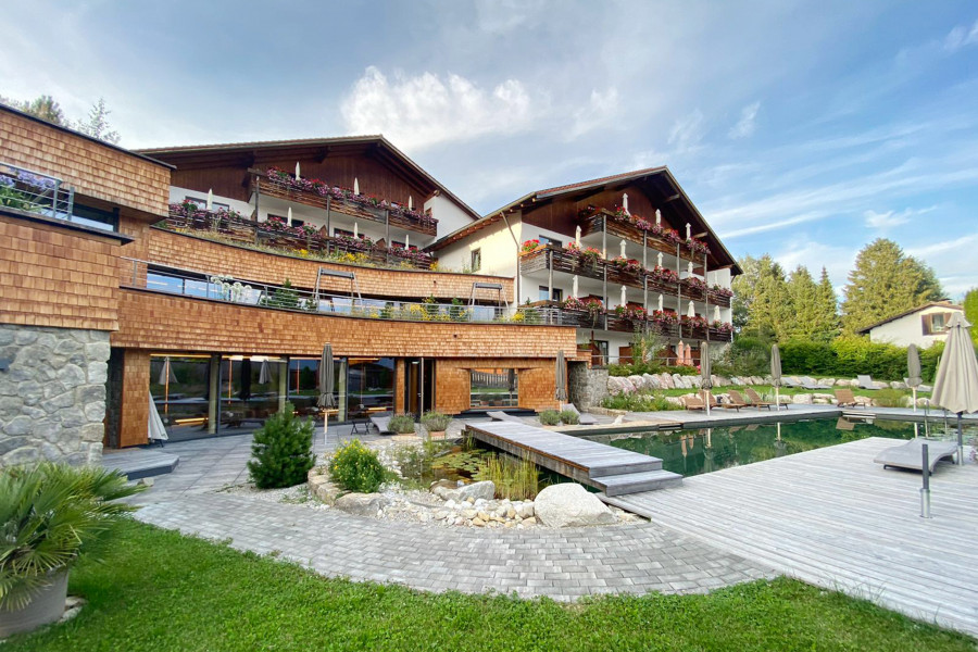 Wellnesshotel Biohotel EGGENSBERGER**** med.well | F�ssen - Hopfen am See