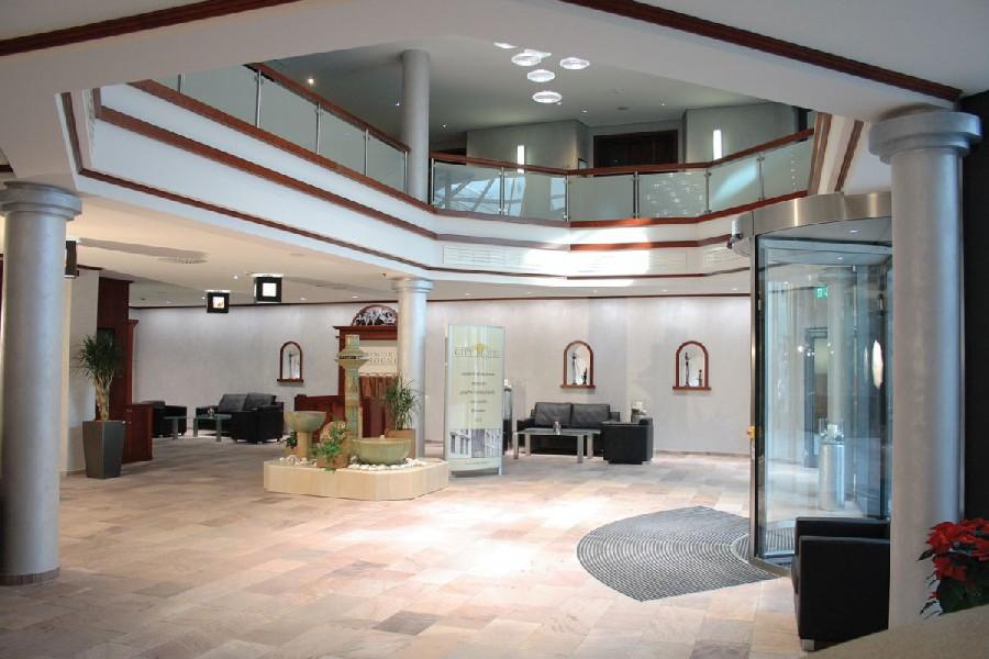wellnesshotel city hotel roding roding. Black Bedroom Furniture Sets. Home Design Ideas