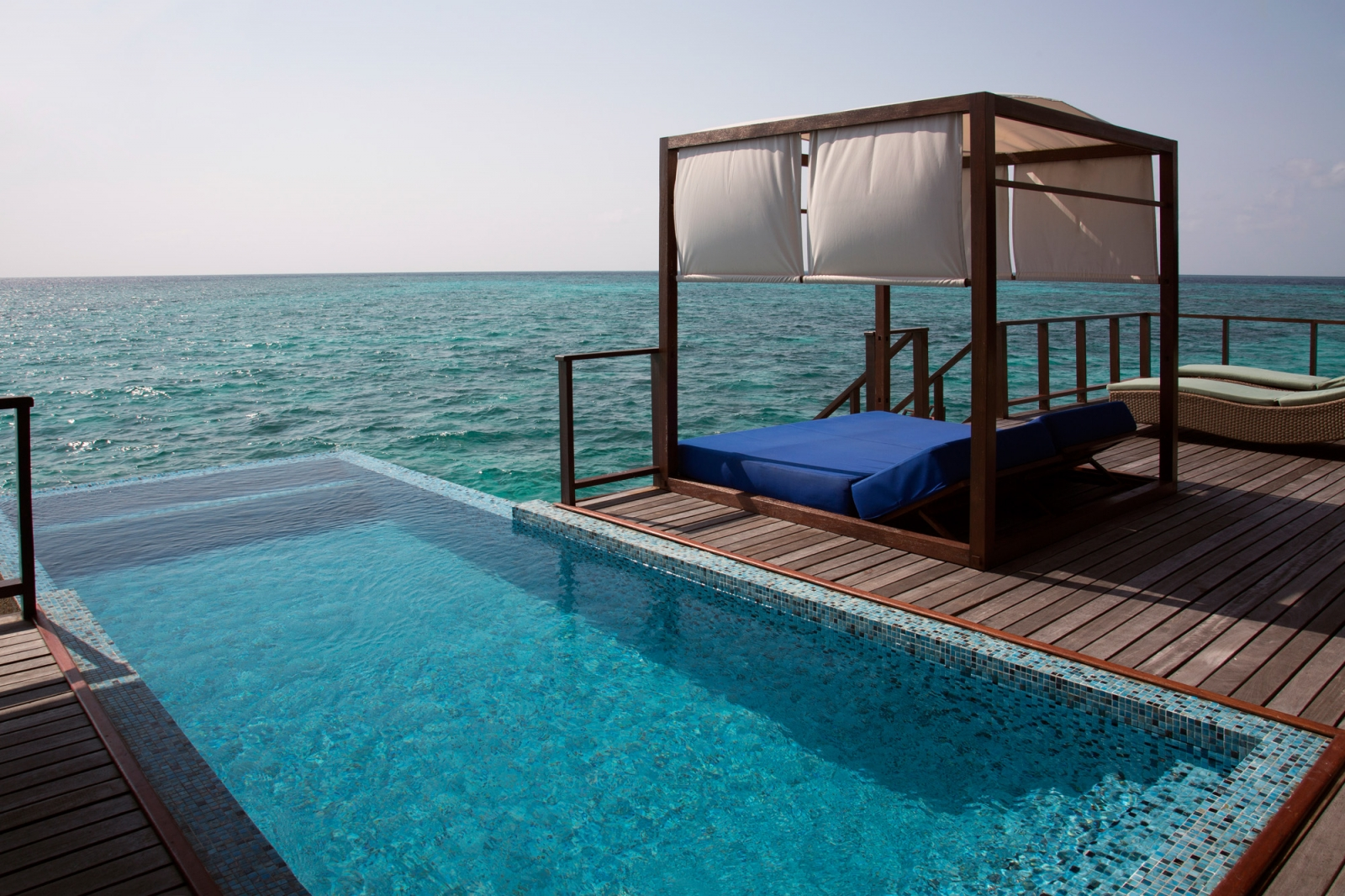 Laser-Therapie: Foto vom Wellnesshotel Coco Bodu Hithi | Wellness Nord-Male-Atoll