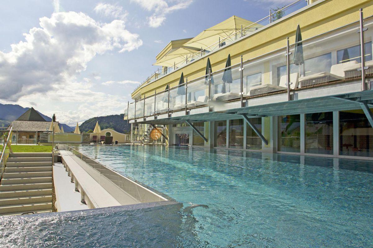 Dillys Wellness-Golf Resort Bilder   Bild 1