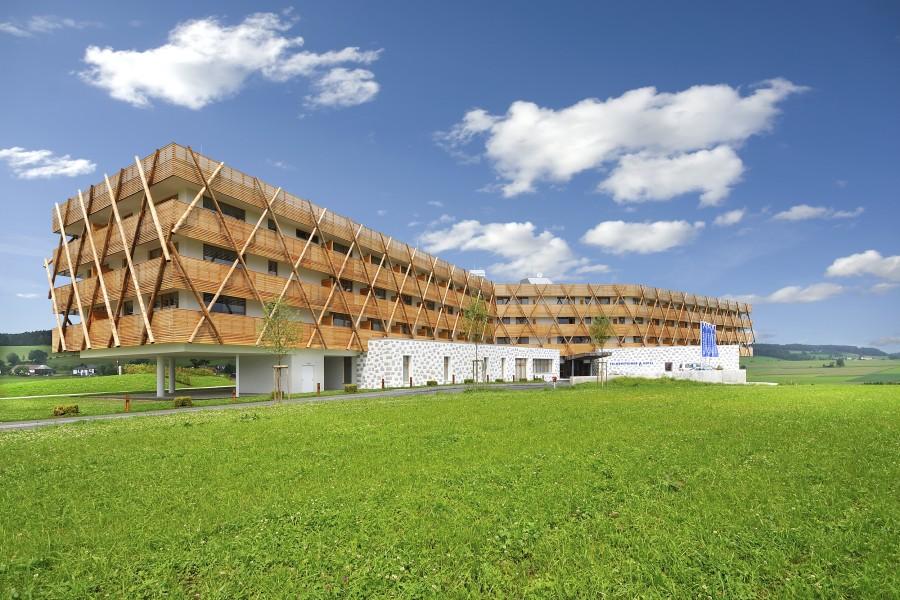 Wellnesshotel falkensteiner hotel spa bad leonfelden for Modernes wellnesshotel
