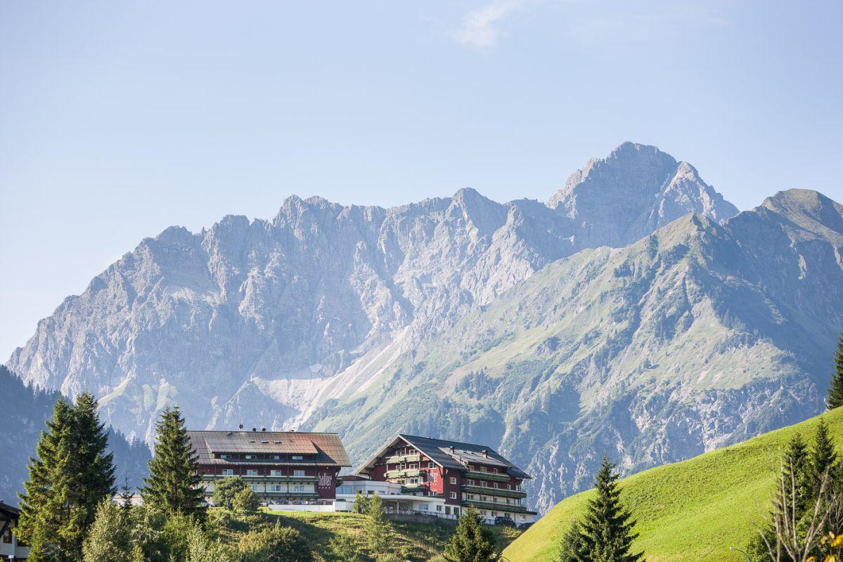 Wirbelsäulenbehandlung: Foto vom Wellnesshotel Hallers Genuss & Spa Hotel | Wellness Vorarlberg