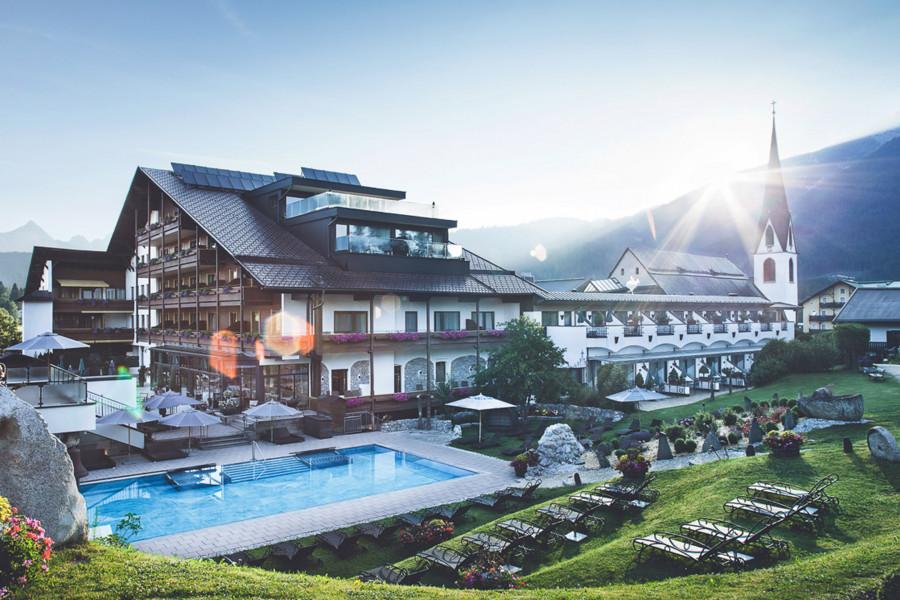 Top Bewertete Wellness Erlebnisse » Wellness Heaven Awards Aqua Dome Langenfeld Unikales Wellnesshotel Traume Wahr