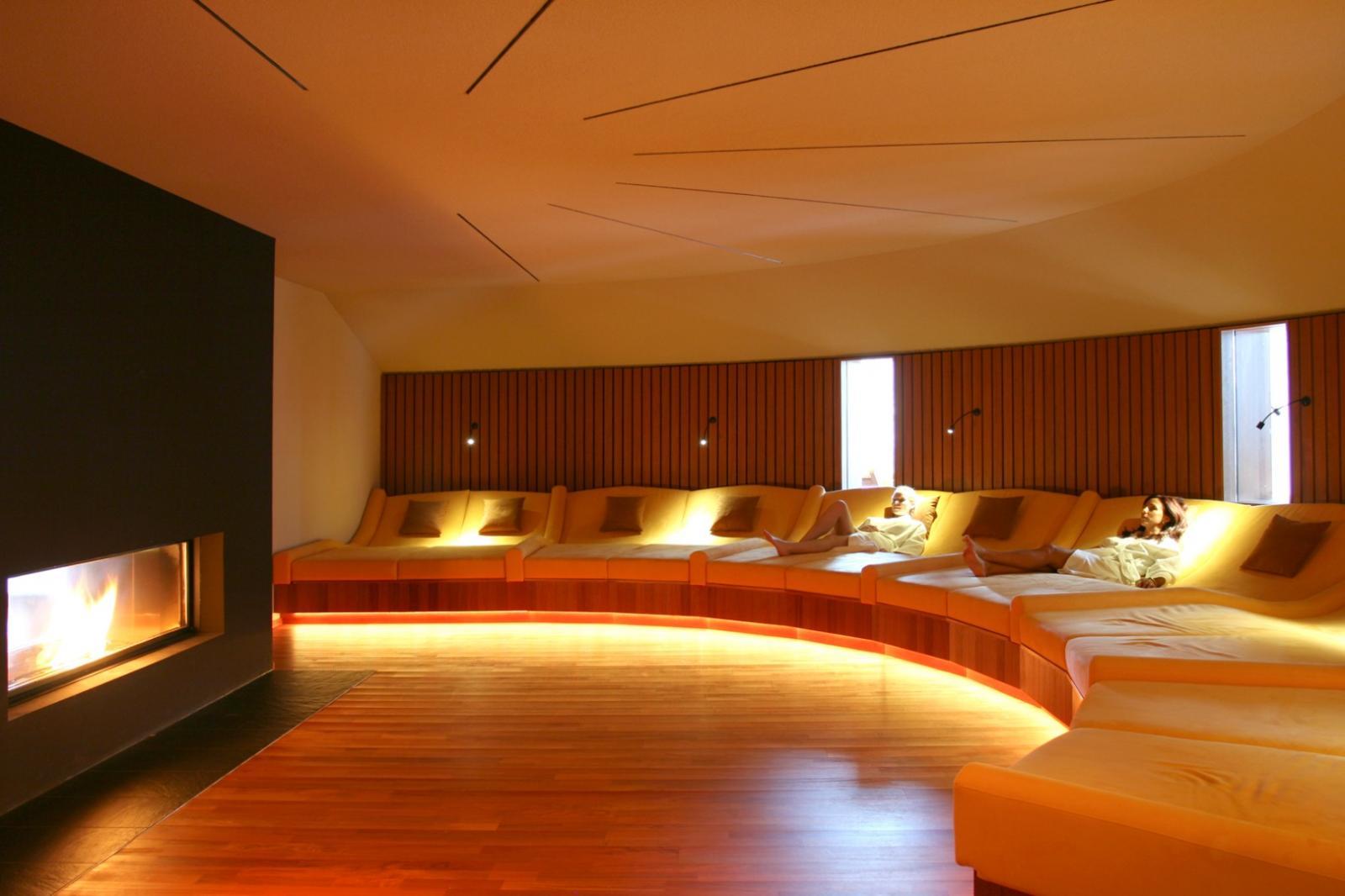 wellnesshotels schw bisch fr nkischer wald ab 71. Black Bedroom Furniture Sets. Home Design Ideas