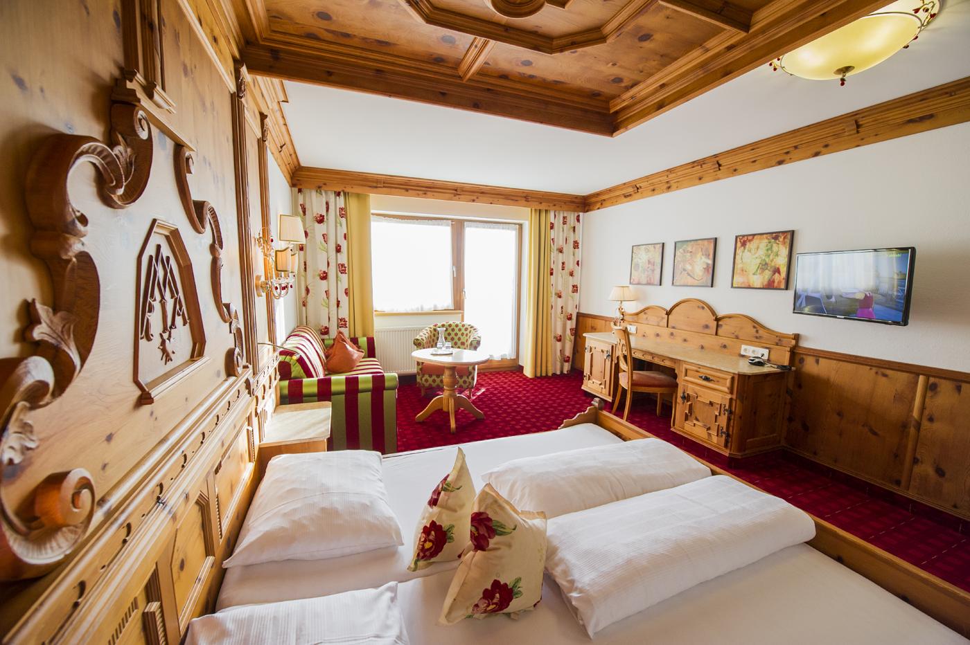 Hotel schwarzbrunn in stans tirol bilder vom wellnesshotel for Design hotel niedersachsen