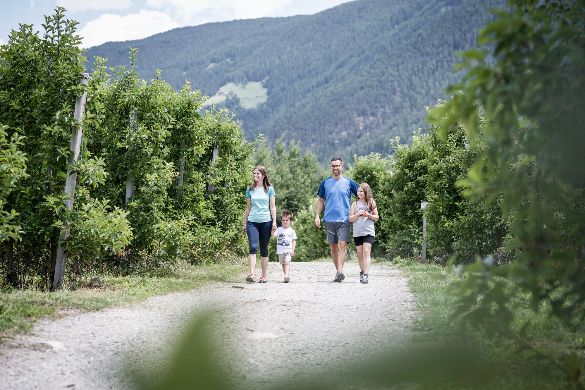 Akupressur: Foto vom Wellnesshotel Das Mühlwald - Quality Time Family Resort   Wellness Südtirol