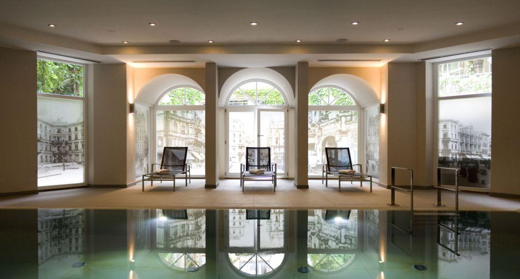 radisson blu schwarzer bock hotel wellness spa anwendungen. Black Bedroom Furniture Sets. Home Design Ideas