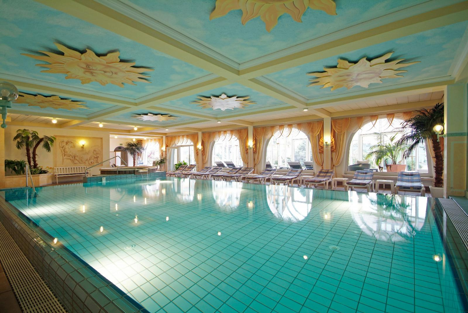ringhotel krone schnetzenhausen friedrichshafen am bodensee hotelbewertung. Black Bedroom Furniture Sets. Home Design Ideas