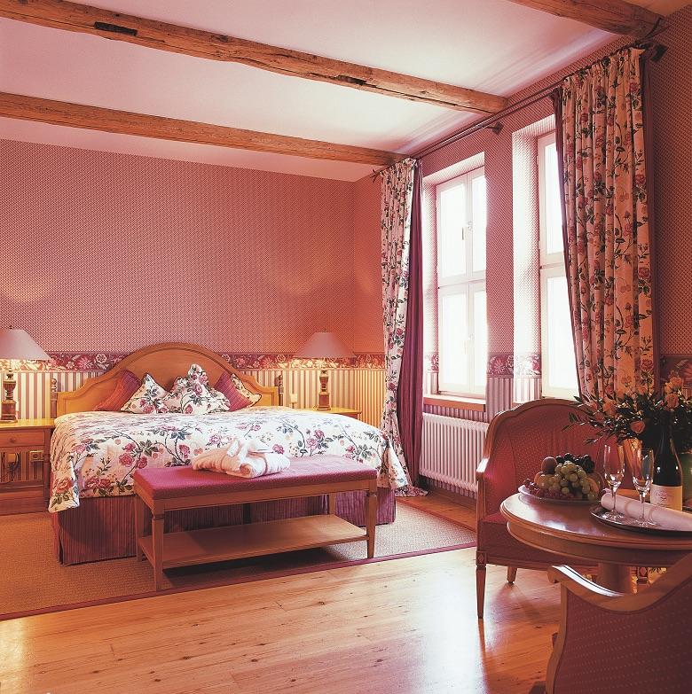 ladys happy days angebot im wellnesshotel landhaus zu den rothen forellen ab 314. Black Bedroom Furniture Sets. Home Design Ideas