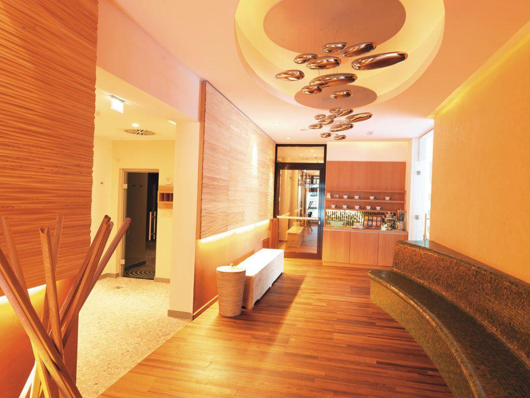 Spa hotel zedern klang bilder vom wellnesshotel for Designhotel zedern klang