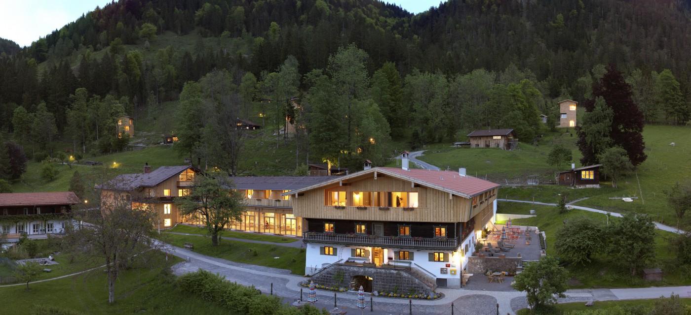 wellnesshotels bad feilnbach bayern bewertungen f r wellness hotels. Black Bedroom Furniture Sets. Home Design Ideas