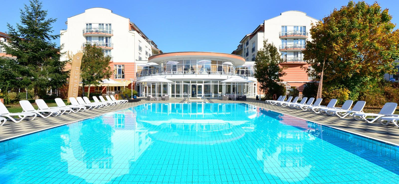 The Monarch Hotel Bilder | Bild 1