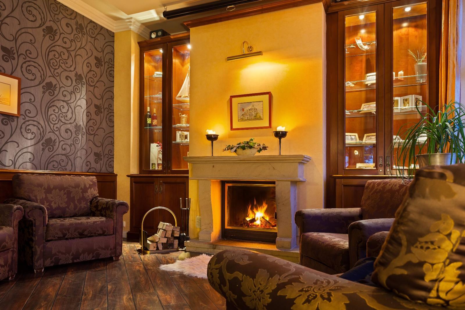 hotel vier jahreszeiten k hlungsborn bilder vom wellnesshotel. Black Bedroom Furniture Sets. Home Design Ideas