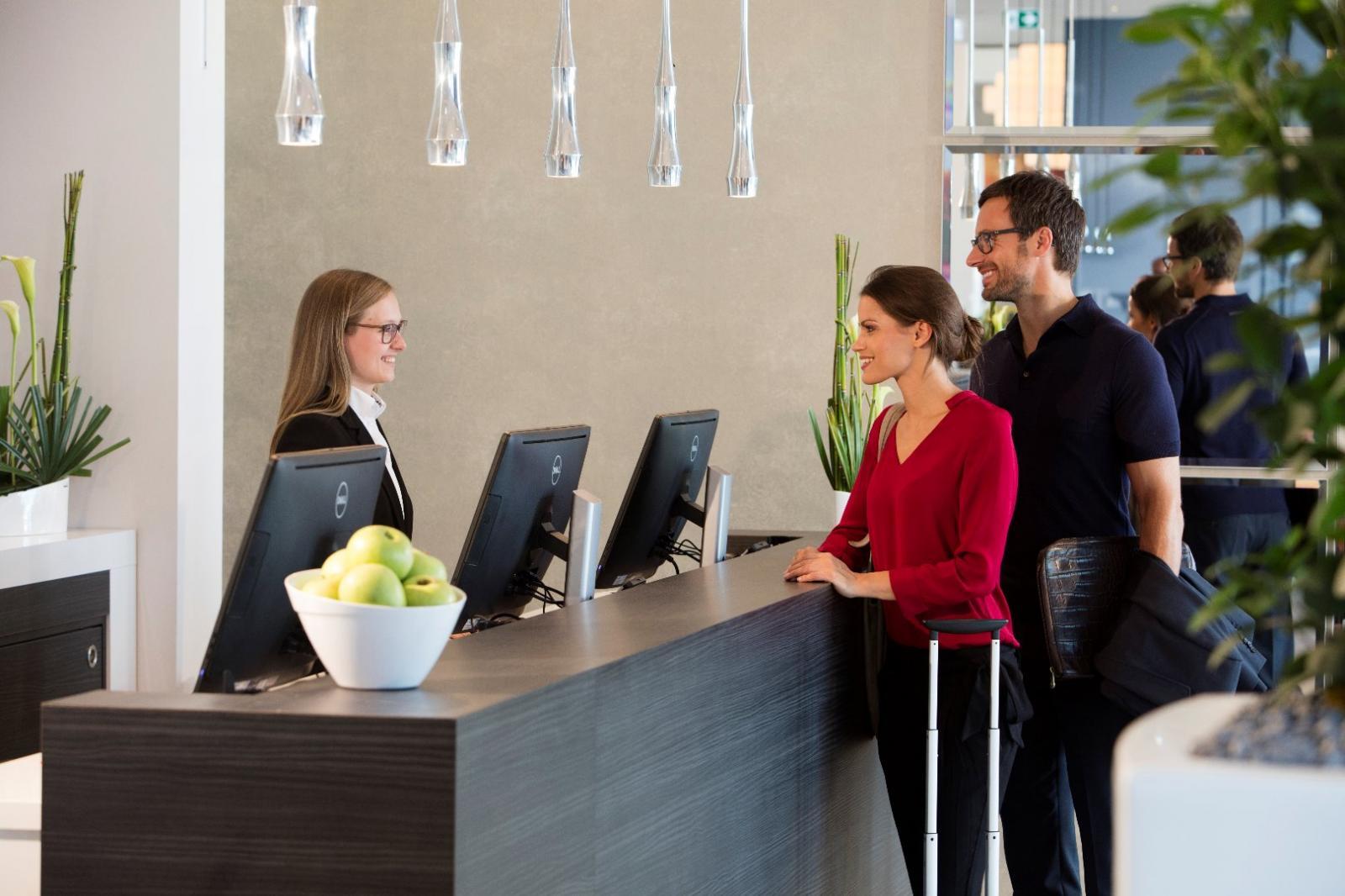 vital hotel frankfurt wellness spa anwendungen. Black Bedroom Furniture Sets. Home Design Ideas