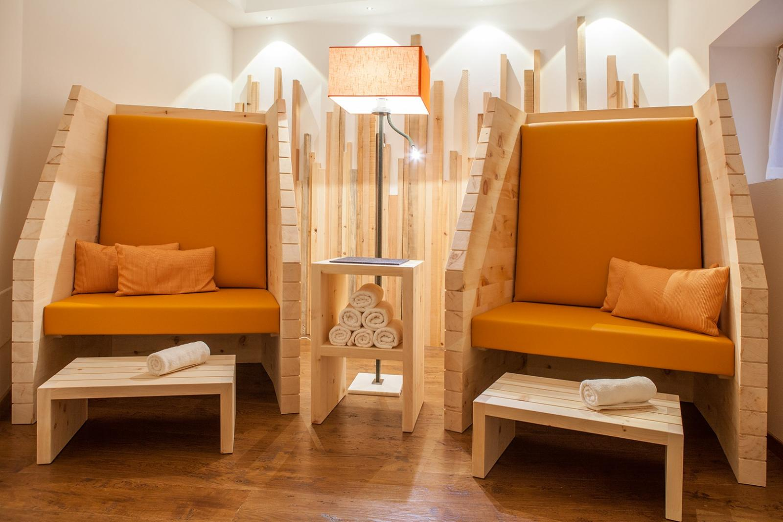 Fünf Elemente: Foto vom Wellnesshotel Hotel Weihrerhof - The lakeside of life.   Wellness Südtirol