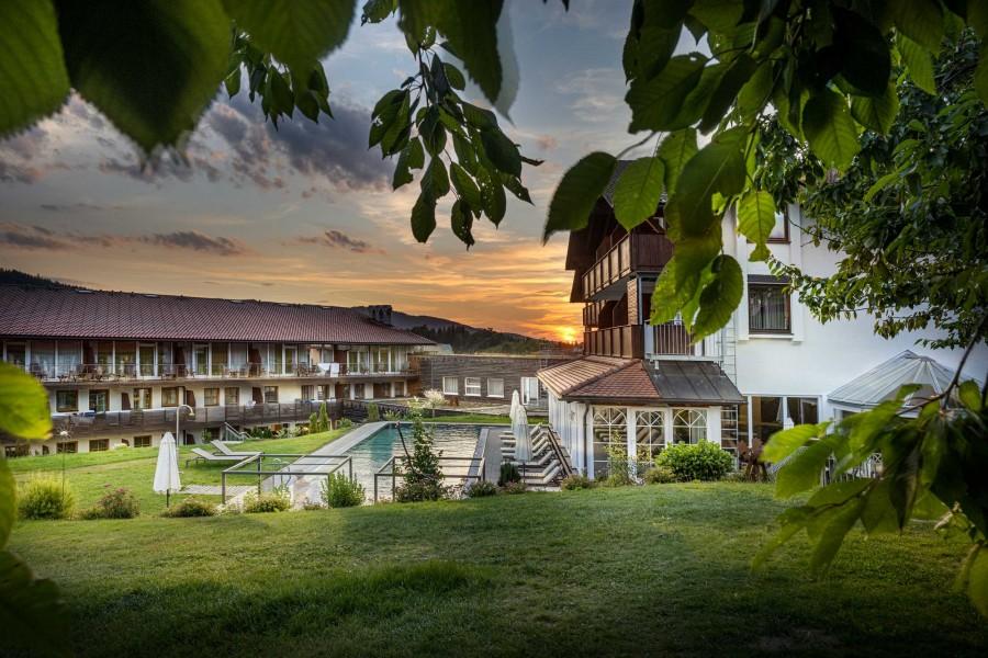 wellnesshotels in drachselsried bayerischer wald wellnessurlaub wellness wochenende. Black Bedroom Furniture Sets. Home Design Ideas